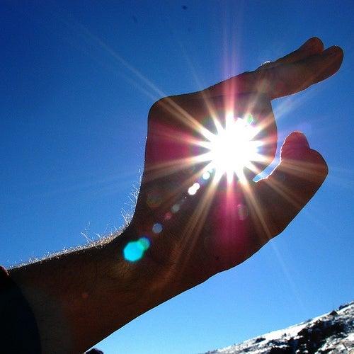 O excesso de sol é um hábito que envelhece