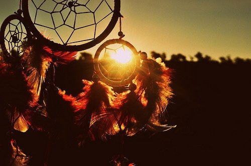 beautiful-bright-dream-catcher-light-nature-Favim.com-460173_large
