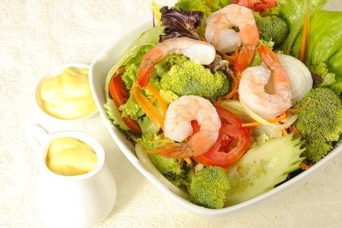 Como-preparar-uma-salada-saludable-de-brócoli-500x333