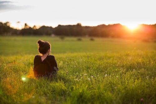 Passeio ao ar livre ajuda a combater a depressão