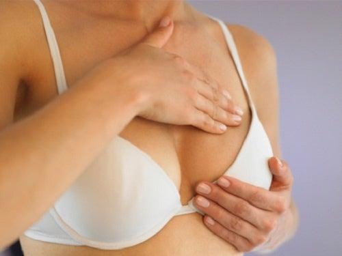 O que significa ter as mamas densas?