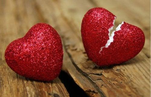 7 sinais que revelam a infidelidade de seu(ua) parceiro(a)