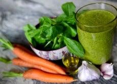 Sucos para diminuir a hipertensão e limpar os rins