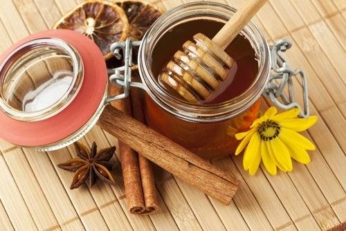 Incríveis benefícios do mel e da canela