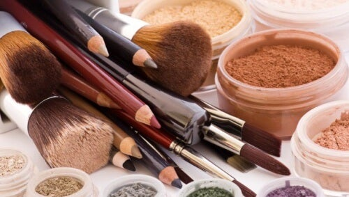 Cuidado! 10 produtos de beleza que nunca devemos compartilhar
