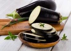 Benefícios do suco de berinjela