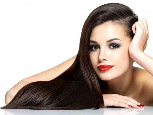 Azeite de oliva para cabelos mais brilhantes
