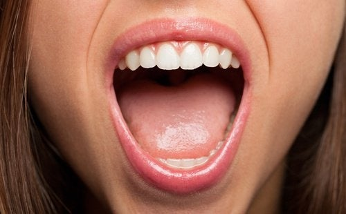 6 problemas bucais que indicam a presença de doenças