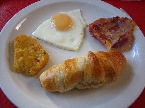 Alimentos gordurosos não contém cálcio