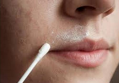 Remédio natural 2 em 1 para eliminar os pelos faciais e suavizar a pele