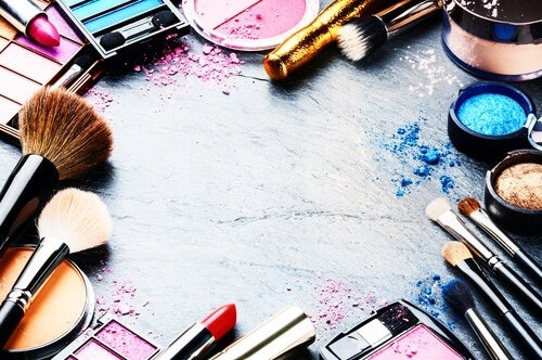 Como organizar os produtos de beleza
