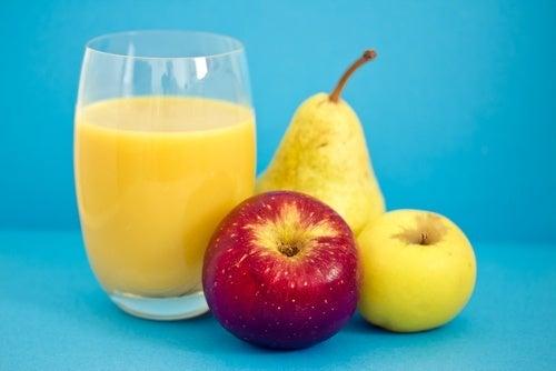 Vitamina de frutas para combater a prisão de ventre