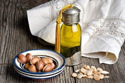 Benefícios do óleo de argan para a pele, cabelo e corpo