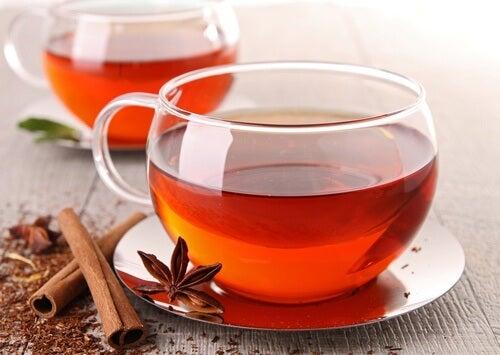 Chá de canela ótimo para combater o inchaço após comer