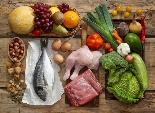 Ter uma alimentação variada é a base de muitas dietas