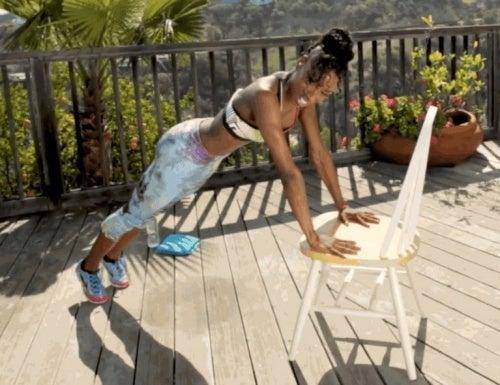 Fique-em-forma-fazendo-flexoes-inclinadas
