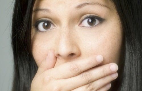 Odores corporais: o que podem estar dizendo?