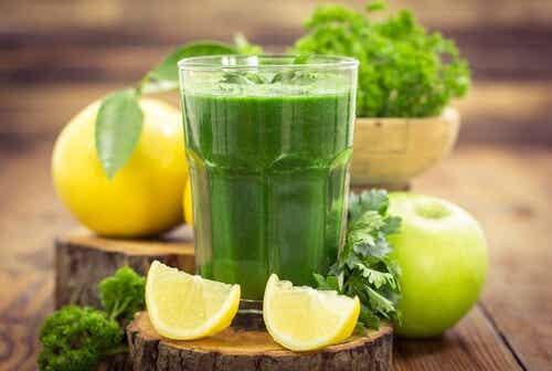 5 bebidas que melhoram a saúde e reduzem o peso