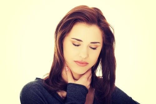Refluxo pode causar gastrite.