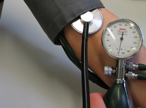 Agua-de-coco-para-pressao-arterial-baixa