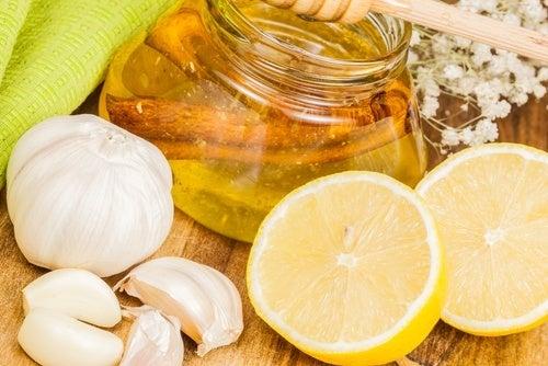 Remedio-de-limao-e-alho-rejuvenescer-artérias