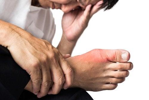 Dor na articulação dos pés