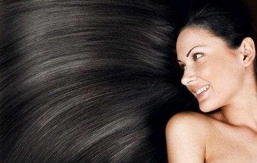 Clarear-cabelos_negros