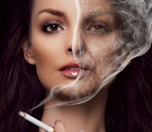 fumar-rugas-500x436