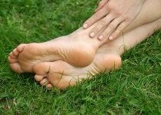 Tratamento natural para a talalgia (dor no calcanhar)