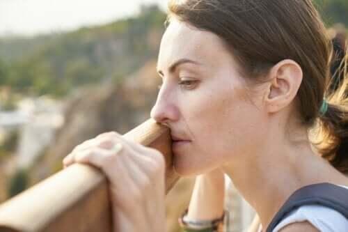 Às vezes não choro por fraqueza, mas por estar cansada de ser forte