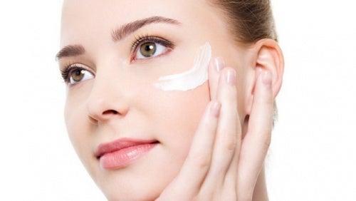 tratamento para evitar rugas ao redor dos olhos