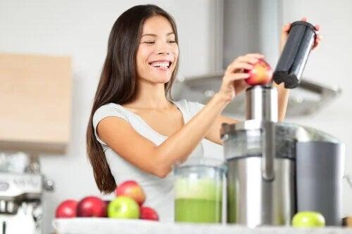As cinco melhores bebidas naturais para tratar a gastrite