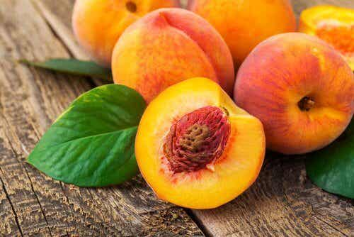 O pêssego, a fruta da eterna juventude
