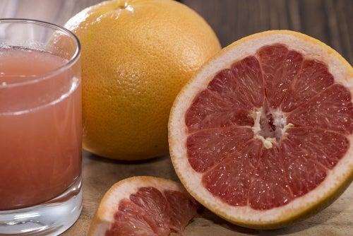 6 bebidas detox para limpar o seu corpo