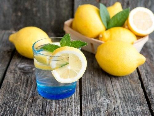Água de limão