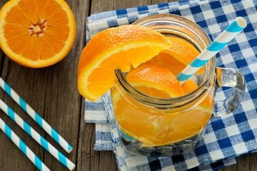 Água de laranja