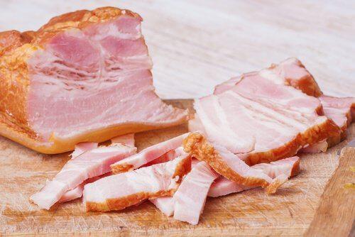 Alimentos gordurosos prejudicam o fígado