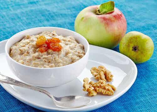 Alimentos saciantes para incluir no café da manhã