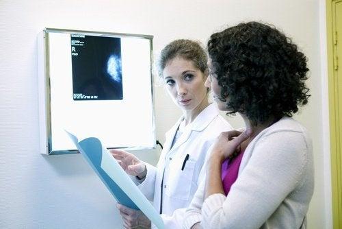 Imagem de uma mamografia