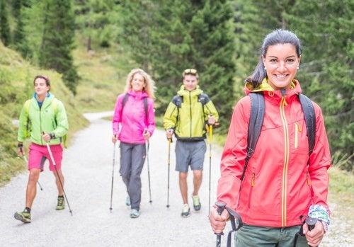 Mulheres fazendo exercício para evitar a depressão