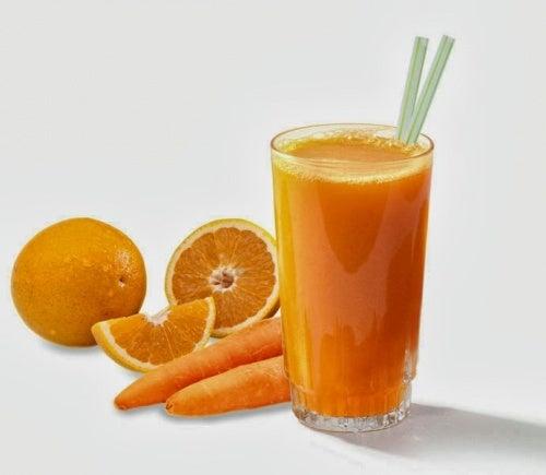 Suco-de-cenoura-e-laranja