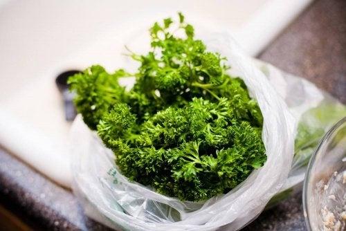 Ervas para limpar os rins naturalmente