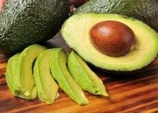 Abacate reduz o colesterol ruim