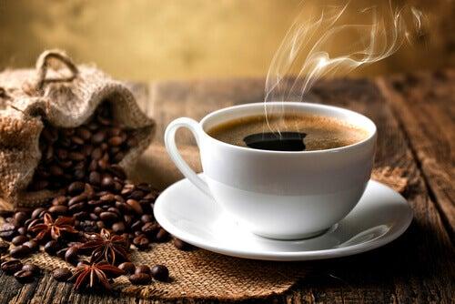 As propriedades do café ajudam a combater o envelhecimento