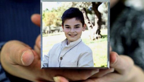 """""""Não aguento ir ao colégio"""": Diego, de 11 anos, suicida-se por bullying na escola"""