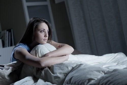 Dormir pouco pode afetar a saúde cerebral
