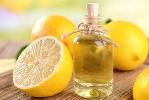 Elimine gordura com limão, farelo de aveia e óleo de coco