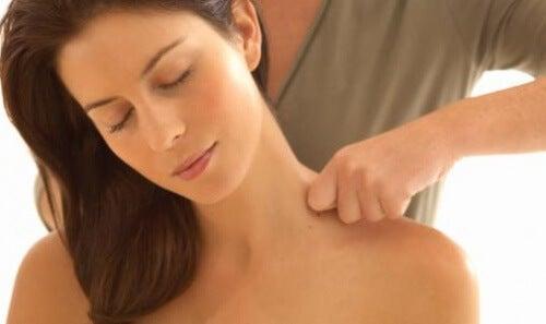 Como fazer massagens relaxantes