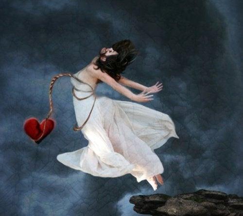 Mulher-pulando