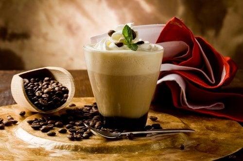 Benefícios de tomar café todos os dias